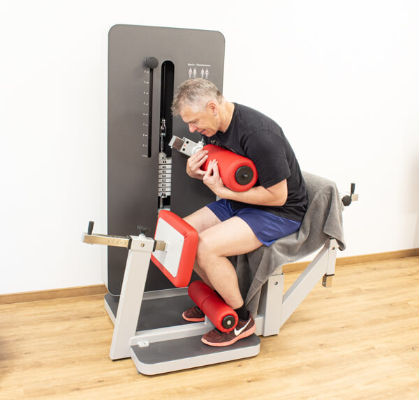 Physiotherapie Geräteraum Bauch Bild 3