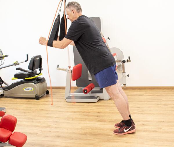 Physiotherapie Geräteraum Schlingentrainer Bild 5