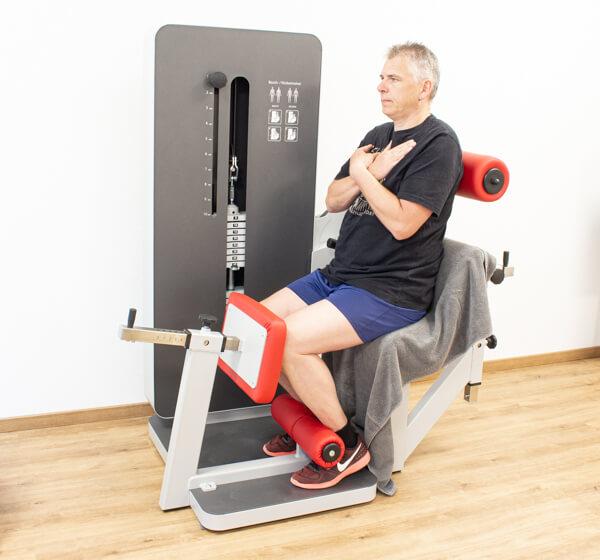 Physiotherapie Geräteraum Rückentraining Bild 6
